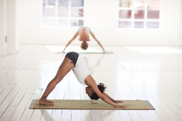 Dlaczego warto uprawiać jogę?