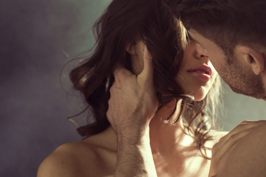 4 rady dla par – jak urozmaicić swoje życie seksualne?